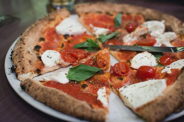 marghertia style pizza